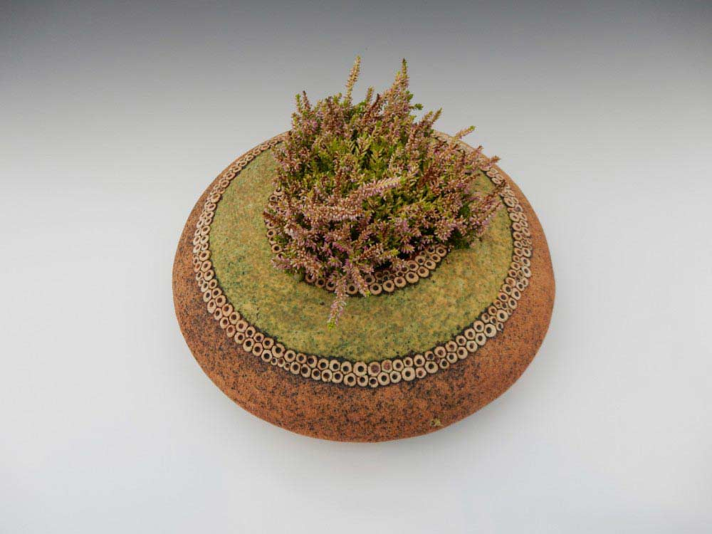 19. Pebble Pot 1